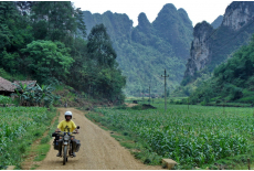 The roads of Cao Bang