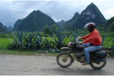 Riding in Cao Bang